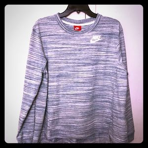 NIKE womens pullover sweatshirt